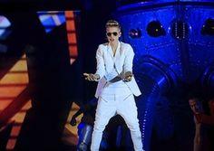 Justin Bieber Meltdown on Twitter: Only God Can Judge Me!