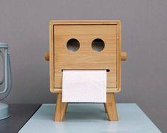 Wooden Toilet Paper Holder, Toilet Paper Art, Toilet Paper Storage, Toilet Paper Roll Crafts, Toilet Roll Holder Wood, Paper Crafts, Tissue Box Covers, Tissue Boxes, Paper Roll Holders
