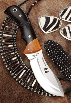 Muela KUDU Fixed Blade Hunting Knife with Leather Sheath, Fixed Blade Hunting Knives, Best Hunting Knives, Knives And Tools, Knives And Swords, Pretty Knives, United Cutlery, Outdoor Tools, Outdoor Gear, Swords And Daggers