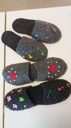 Sari Salvi/Alakoulun aarreaitta Slippers, Textiles, Sewing, Crafts, Shoes, Education, Google, Fashion, Embroidery
