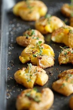 6 comidas fáciles para toda la familia 6 comidas fáciles para toda la familia. Recetas fáciles para una comida o cena rápida: sándwiches, bocadillos, patatas machacadas, huevos al plato...