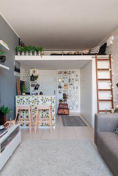 51 good loft stair for tiny house decor ideas 4 Mini Loft, Small Rooms, Small Spaces, Loft Room, Tiny House Living, Tiny House Design, Loft Design, Dream Rooms, Apartment Design