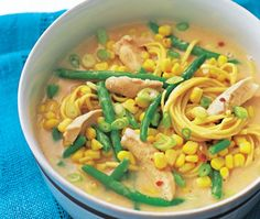Chicken Satay Noodle Soup (Made with peanut butter) Curry Recipes, Soup Recipes, Chicken Recipes, Asda Recipes, Great Recipes, Chicken Satay, Green Bean Recipes, Winter Soups, Noodle Soup