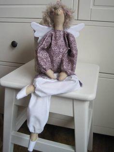 Тильда - 18 Июля 2010 - Кукла Тильда. Всё о Тильде, выкройки, мастер-классы.