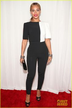 Beyonce - Grammys 2013 Red Carpet | beyonce grammys 2013 red carpet 07 - Photo Gallery | Just Jared