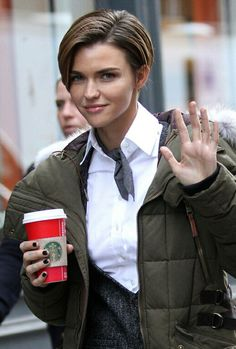 Ruby rose shes got starbucks!!! i love her already