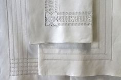 ILINKA Collection Summer White Table Linens