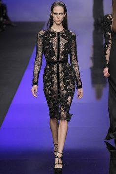 Uno de los vestidos más espectaculares de Elie Saab - Pasarela otoño-invinero 2013/2014