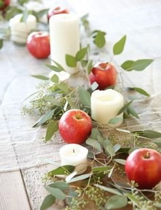 Easy 5-minute Fall Harvest Tablescape Decor