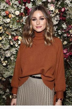 Olivia Palermo - Make-up-Zimmer Look Olivia Palermo, Estilo Olivia Palermo, Olivia Palermo Lookbook, Chic Outfits, Fashion Outfits, Work Outfits, Vestidos Zara, Mein Style, Mode Chic