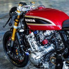 Details details Honda Hornet by We support the cafe racer community. Motos Honda, Honda Cbx, Honda Scrambler, Honda Bikes, Honda Motorcycles, Ducati S4r, Yamaha Virago, Vintage Motorcycles, Cb750 Cafe Racer