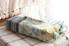 free pattern - Tissue Box Cover