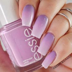 The advantage of the gel is that it allows you to enjoy your French manicure for a long time. There are four different ways to make a French manicure on gel nails. Purple Ombre Nails, Lilac Nails, Pastel Purple, Light Purple, Love Nails, Fun Nails, Ambre Nails, French Gel, Prom Nails