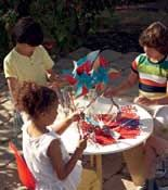 Fourth of July Party Ideas   http://www.rachaelraymag.com/easy-party-ideas/party-tips-ideas/fourth-of-july-party-ideas