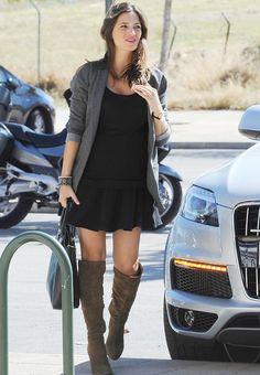 Sara Carbonero maternity style, beautiful as always.
