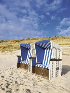 Mit dem Strandkorb Sylt werden Sie im Garten eine Urlaubsatmosphäre genießen!