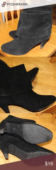 Steve Madden Boots Size 8 1/2 Black Suede like material  By Steve Madden.  Pre-owned but a lot of life left. Steve Madden Shoes