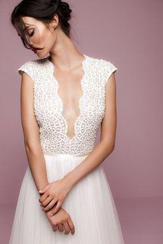 Beautiful 59 Stunning and Gorgeous V-neck Wedding Dresses