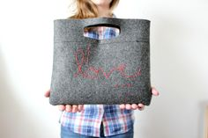 "Love To-Go - happy little things: DIY: Felt Clutch ""I love..."""