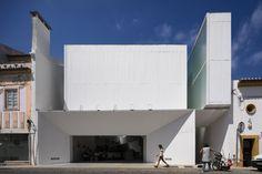 Markthalle in Portugal / Zweiseitig - Architektur und Architekten - News / Meldungen / Nachrichten - BauNetz.de