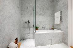 litet badrum marmor inspiration - Sök på Google