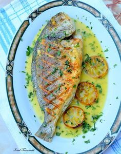 PEȘTE – IONEL TARNOVESKI Vol Au Vent, Ratatouille, Fish Recipes, Clean Eating, Plates, Cooking, Ethnic Recipes, Food, El Dorado