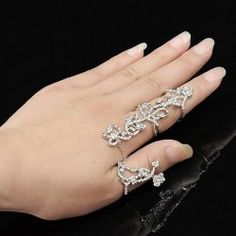 Charming Rhinestoned Rose Shape Hollow Out Ring For Women