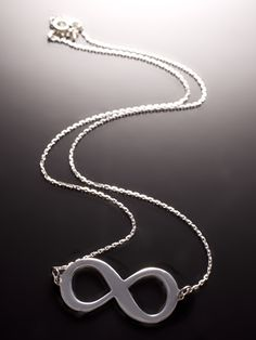 Necklace 8 - Infini
