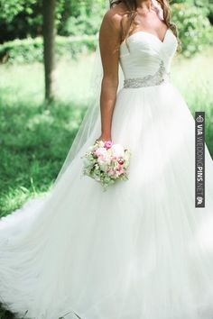 Demetrios Ilissa strapless wedding dress | VIA #WEDDINGPINS.NET