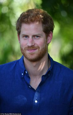 Prince Harry began a goodwill visit to Singapore. Prince Harry attended a reception at Eden Hall, the British High Commissioner's official residence in Singapore where a flag flew at half-mas… Prince Harry Of Wales, Prince William And Harry, Prince Harry And Megan, Harry And Meghan, Prince Harry Young, Lady Diana, Princess Meghan, Prince And Princess, Princess Harry