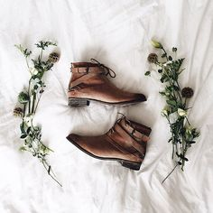 Fall boots for the win // Some shoes look just as good off as they do on. @meganjennifer #thefallreport #trustyoursole