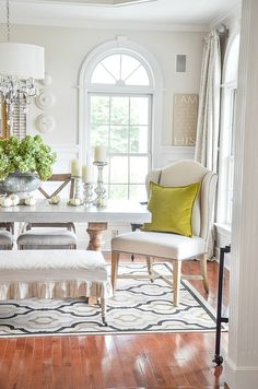 Decorating for fall with gorgeous natural and seasonal elements makes decorating easy and beautiful! Dining Room Inspiration, Interior Design Inspiration, Natural Fall Decor, Autumn Table, Beautiful Dining Rooms, Living Spaces, Living Room, Room Tour, Great Rooms