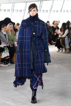 Sacai Fall 2018 Ready-to-Wear Fashion Show Collection