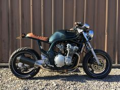 Here we have a bespoke built Suzuki bandit that we at Maven Industries built for a customer last year, he sadly has to let it go due to financial reasons and hopes that someone else will have as much enjoyment as he has.