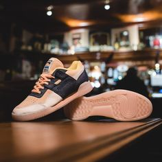 Time to forget dry January or any thoughts of hitting the gym and get into our special collaboration with Reebok for 2018!  -  The HANON x Reebok Workout Lo Plus 'Belly's Gonna Get Ya' will be released by way of an in-store launch event on Friday 26th January from 16:00-20:00GMT, with any remaining pairs available online on Saturday 27th January at 12:00GMT.  -  Priced at £99.00.  -  #HANON #REEBOK #BELLYBELLYBELLY