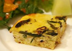 Asparagus is sautéed until tender and flavored with young green garlic, which is milder and sweeter than it after reaching maturity. This ricotta quiche is great for groups and healthier without the crust Vegetarian Paleo, Vegan Gluten Free, Gluten Free Recipes, Healthy Recipes, Asparagus Quiche, Veggie Main Dishes, Meatless Monday, Everyday Food, Breakfast Recipes
