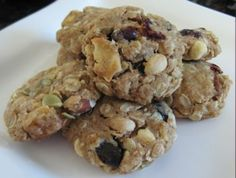 trail mix dog cookies - perfect for hiking! (apparently raisins are NOT okay for puppies - this puppy granola only has stuff that is puppy-friendly)