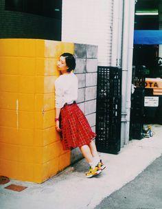 sýstēma Feeling Pictures, Cute Poses, Japan Photo, Thing 1, Retro Aesthetic, Photoshoot Inspiration, Portrait Photo, Fashion Photography, Fashion Design