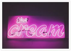 A neon sign at your wedding would be so rad!