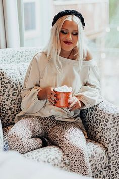 Cozy Fashion, Holiday Fashion, Winter Fashion, Apres Ski Outfits, Comfy Clothes, Home Outfit, Lake Tahoe, Clothing Styles, Winter Style
