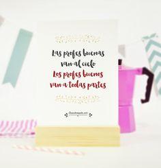 http://www.cosasderegalo.com/products/lamina-original-los-profes-buenos