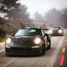 Awesome and artsy shot there @a1exoticsmag ! @itswhitenoise and @zalasin looking good adventuring on the left coast! #Awesome #Porsche #Carporn #InstaCar #California #GT3RS #GT4 #SpeedList