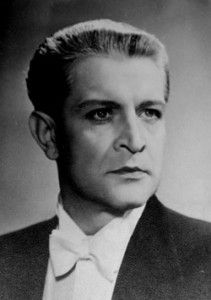 Franciszek Brodniewicz Most Handsome Actors, Old Movie Stars, Old Images, Old Movies, Poland, How Are You Feeling, Portraits, Pictures, Historia