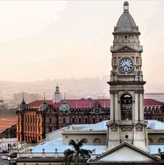 Durban central Post Office - Main Railway Station in background News South Africa, Kwazulu Natal, African History, Historical Society, Post Office, City, Places, Tree Houses, Pictures