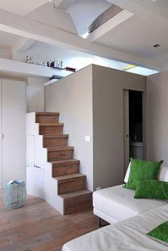Demi-escalier demi-étage