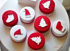 Cherry's Cakes: 'Tis the Season 2012 (part 1)