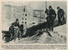 1936 Extinción de incendio en cubierta por bombardeos
