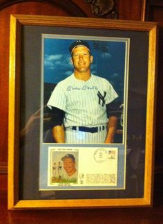 Mickey Mantle Framed 8 x 10 Autograph Auto PSA/DNA Yankees w/ First Day Issue