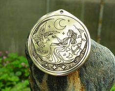 Selene Lunar Goddess 8x10 Fine Art Print Pagan Mythology | Etsy Luna Goddess, Goddess Art, Moon Goddess, Moon Mirror, Sacred Feminine, Australian Artists, Moon Phases, Pagan, Psychedelic