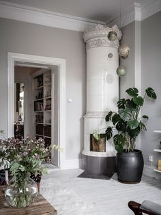 Cosy Scandinavian Home with Personality Living Room Scandinavian, Scandinavian Home Interiors, Interior House Colors, Home Interior Design, Interior Decorating, Decorating Ideas, Living Room Red, Living Room Interior, Interior Minimalista